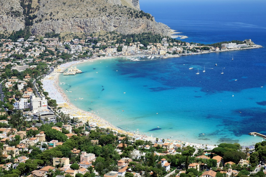 Hotels Near Mondello Beach Sicily