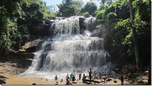800px-Kintampo_Water_falls
