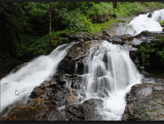 Eruppu Waterfalls
