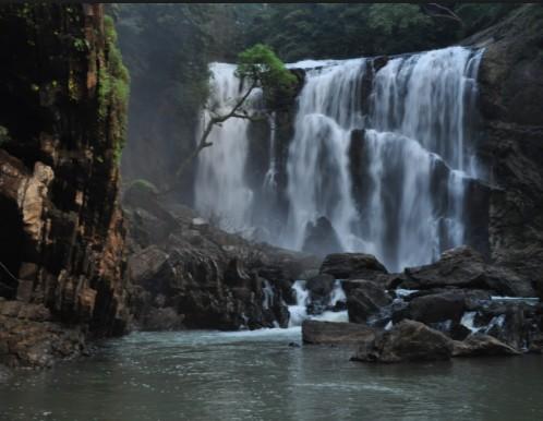 Sathodi waterfalls